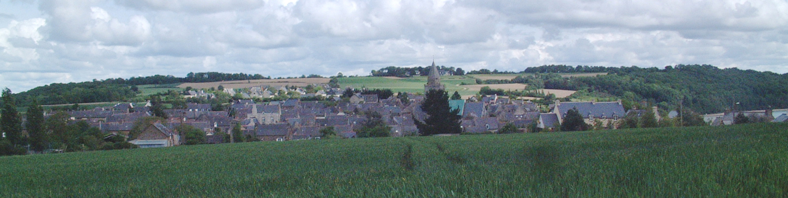 village-saint-suliac-long
